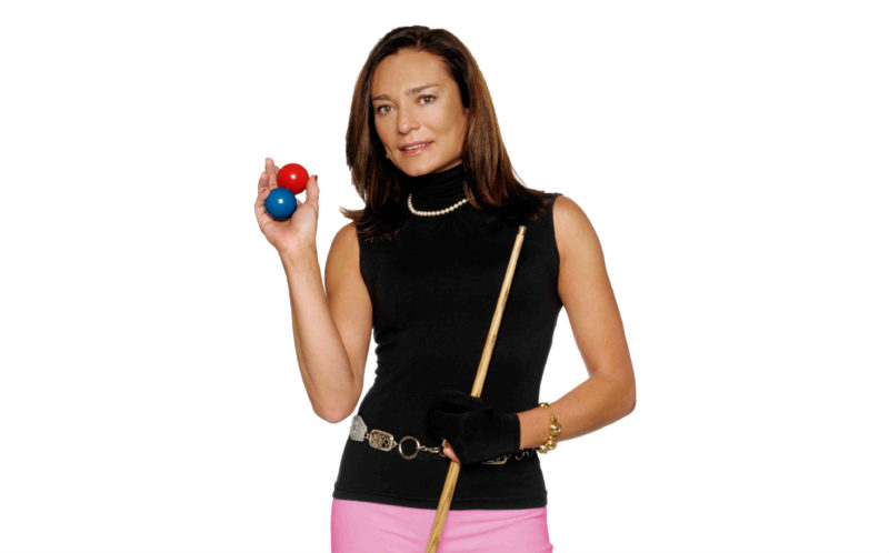 Silvia Taioli é jogadora profissional de sinuca