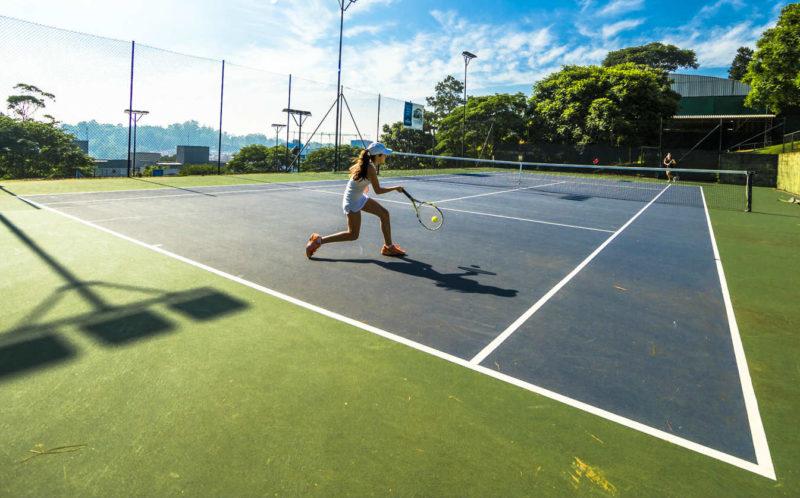 Vídeo-dica de tênis - onde se posicionar quando subir à rede