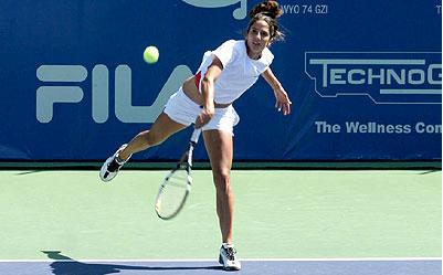 Vídeo-dica de tênis - por que a empunhadura ideal no saque é a continental