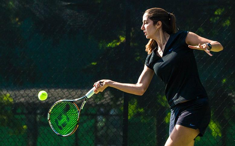 Vídeo-dica de tênis - Como marcar o golpe